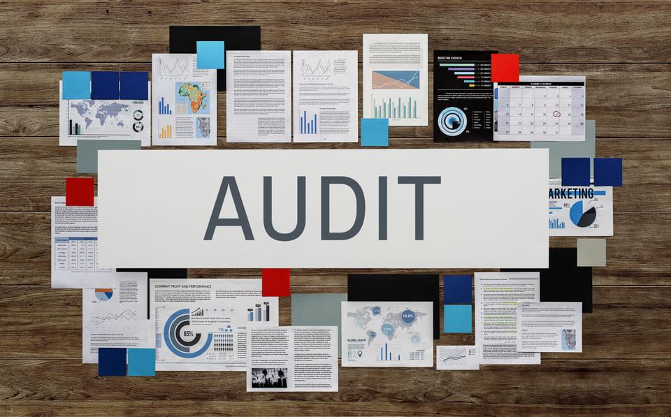 performing SEO audit